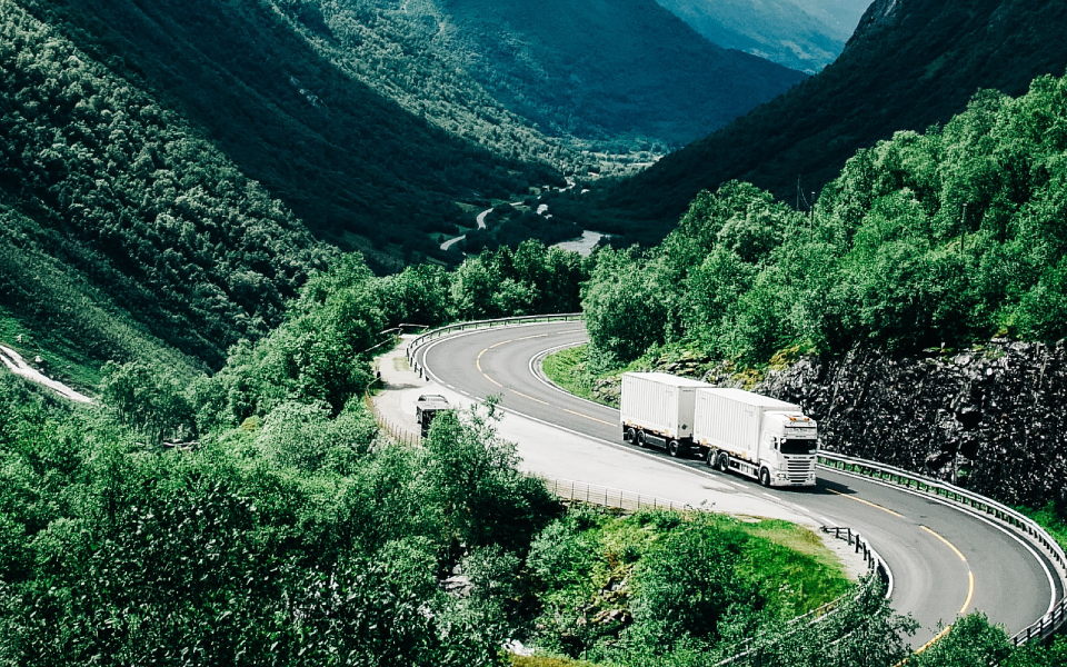 cartrack, cartrack portugal, sempre em controlo, camião, roubo, localização, recuperação, empresa de transportes, monitorização, vantagens, furtos, serviço permanente, assaltantes, ladrões, apoio