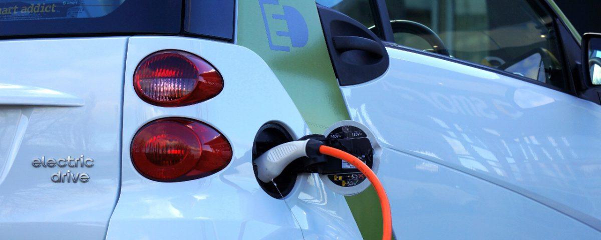 Número de carros elétricos cresce em Portugal