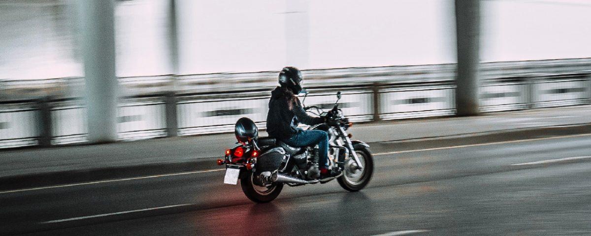 As principais causas dos acidentes de moto